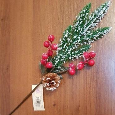 Ветка еловая заснеженная с шишкой и ягодами искусственными, 43 см (1 шт.)